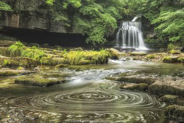 Cauldron Force, West Burton, Yorkshire Dales National Park, North Yorkshire, England, UK