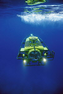 Perry submersible used to bring tourists to deep sea, 1,000 meters depth, Grand Cayman, Caribbean  -  Norbert Wu
