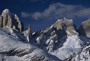 Fitz Roy seen from Marconi Pass, Los Glaciares National Park, Patagonia, Argentina and Chile border  -  Colin Monteath