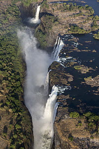 Victoria Falls cascading 420 feet into chasm, largest waterfall in the world at low water level, UNESCO World Heritage Site, Zimbabwe - Vincent Grafhorst