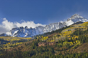 Mountain peaks after first snow, Rocky Mountains, Colorado - Yva Momatiuk & John Eastcott