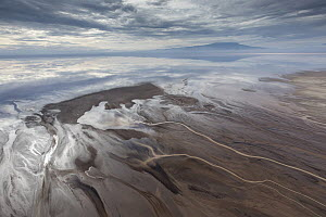 Streams and Lake Natron, Ol Doinyo Lengai, Tanzania - Paul Souders/ Worldfoto