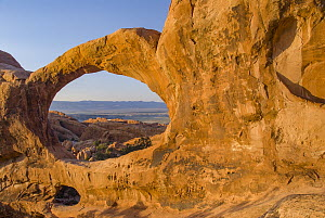 Rock arch, Double O Arch, Arches National Park, Utah - Jeff Foott