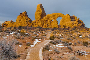 Trail to Turret Arch, Arches National Park, Utah - Jeff Foott