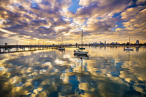 Coast at sunset, St Kilda Harbor, Port Phillip Bay, Mornington Peninsula, Victoria, Australia - Gary Bell/ Oceanwide