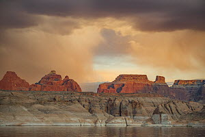 Buttes at sunset, Face Canyon, Lake Powell, Glen Canyon National Recreation Area, Utah  -  Jeff Foott