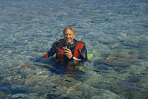 "Sir David Attenborough in scuba gear,  Heron Island Australia. On location for  ""Private Life of Plants"" 1990s - NEIL NIGHTINGALE"
