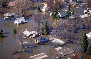 Aerial view of flooded town, Grand Forks, North Dakota USA April 1997  -  Grant McDowell