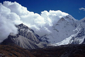 Ama Dablam, Mount Everest NP, Nepal - Michael Pitts