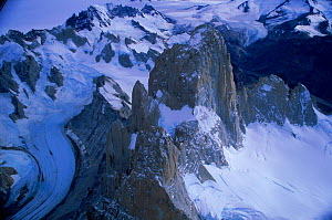 Aerial view of snow capped mountains, Lago Argentina, Argentina - Robert Fulton