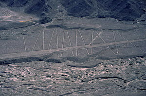 Aerial view of Nazca lines on mountain side, Peru, South America  2000  -  Robert Fulton