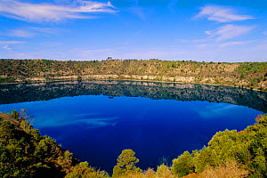 Blue Lake in extinct volcano crater, Mt Gambier. Supplies 36K million litres water to town below. South Australia - Steven David Miller