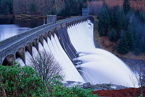 Hydro electric dam on Loch Laggan, Scotland, UK  -  Pete Cairns