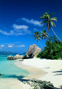 Anse Source d'Argent Beach with granite boulders, La Digue Island, Seychelles, Indian Ocean - Gavin Hellier