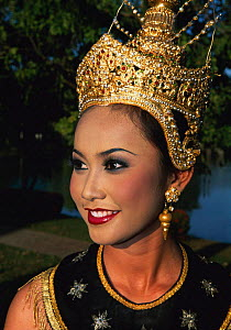 Traditional Thai Dancer portrait, Sukhothai, Bangkok, Thailand, South East Asia  -  Gavin Hellier