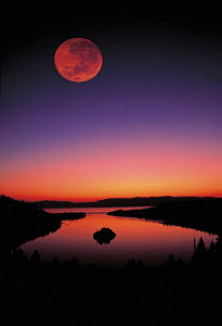 Y-12304 Huge full moon above Emerald Bay at sunset, Lake Tahoe, California USA  -  Aflo