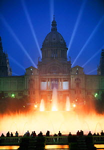 People & floodlit fountains outside National Museum, Barcelona, Catalunya, Spain - Gavin Hellier