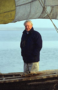 David Attenborough on boat on River Ganges, Bihar, India, 2002, on location for ^Life of Mammals^  -  Toby Sinclair