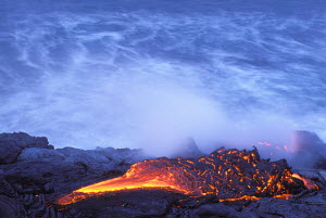 Lava flow from Kilauea Volcano enters Pacific Ocean Hawaii Volcanoes NP world's most active volcano  -  Photo Resource Hawaii