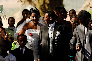 Bride and groom at a modern orthodox christian wedding, Gondhar, North Ethiopia, 2006 - Laurent Geslin