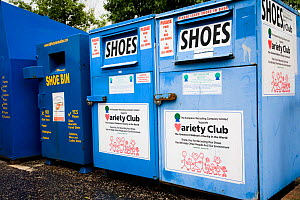 Shoe recycling unit in supermarket carpark, Shrewsbury, Shropshire, UK  -  Ben Osborne