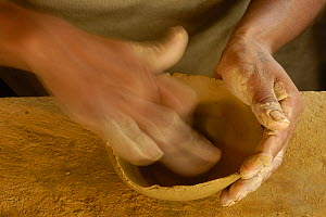 Quechua indian making coil ceramic bowls from clay dug out from the upper reaches of the Napo river, Ecuador, June 2005 - Pete Oxford