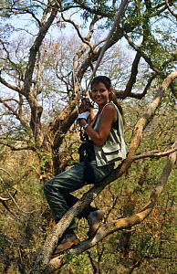 """Presenter Charlotte Uhlenbroek on zip wire. On location in Madagascar, filming for BBC television series """"Cousins"""", 1999  -  John Waters"""