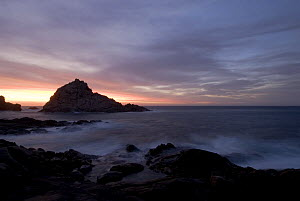 Sugarloaf Rock at sunset, Cape Naturaliste, Dunsborough, Western Australia  -  Jurgen Freund