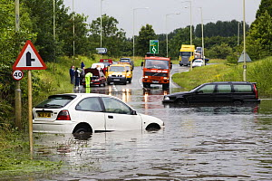 Cars stranded in flood waters in Stroud, Gloucestershire during severe weather of June 2007  -  Nick Turner