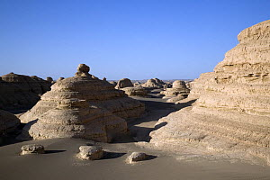 Yardang Geological Park in Gansu Province, North-west China. June 2007, BBC ^Wild China^ series. These elongate desert landforms are formed by strong, unidirectional, sediment-laden prevailing winds - George Chan