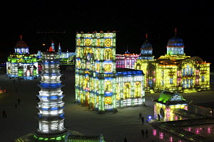 City made of ice at the Harbin Ice Festival, Heilongjiang Province, North-east China. January 2007, BBC ^Wild China^ series  -  George Chan