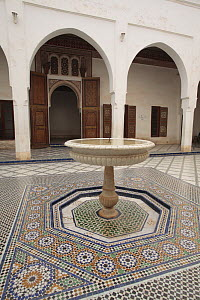 Fountain in the intricate courtyard of Bah�a Palace in Marrakech, Morocco December 2007 - Juan Manuel Borrero