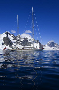 """SY """"Adele"""", 180 foot Hoek Design, motoring in the Lemaire Channel, Antarctica, January 2007 Non editorial uses must be cleared individually. - Rick Tomlinson"""