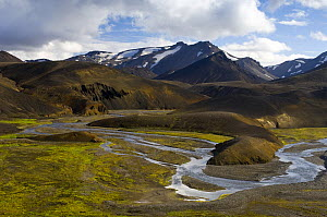 Bend in the river at Landmannalaugar, central Iceland - Inaki Relanzon