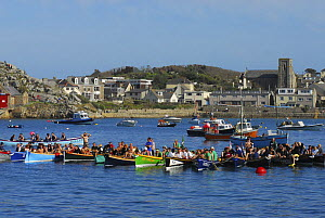 Crews rafted together after the final races of the 19th World Pilot Gig Championships, Isles of Scilly, May 2008 - Adam White