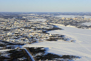 Aerial view of Yellowknife, mining city and capital of the diamont, Northwest Territories, Canada  -  Eric Baccega