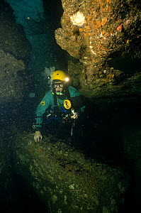 The late Rob Palmer entering The Green Hole cave system in County Clare, Southern Ireland, 1986  -  Michael Pitts