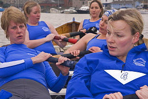 Ladies' gig practice on Bristol Floating Harbour. January 2009.  -  Merryn Thomas