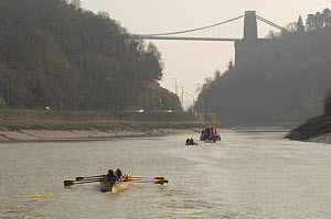 """Cornish pilot gig """"Young Bristol"""" nears the finish line of the """"Bristol Challenge"""" race at the Clifton Suspension Bridge, on the River Avon. March 21st 2009. - Rob Cousins"""