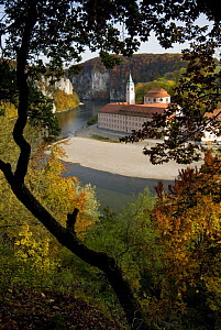 Weltenburg Monastery and the River Danube Canyon / gorge, autumn, Bavaria, Germany, October 2008 - Martin Gabriel