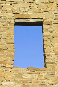 Window / Doorway in ancient ruins of Pueblo del Arroyo, dwelling of the native american Pueblo people, Chaco Culture National Historical Park, New Mexico, USA, February 2009  -  Rob Tilley