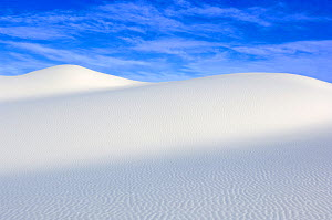 White sand dunes against blue sky, White Sands National Monument, New Mexico, USA, February 2009 - Rob Tilley