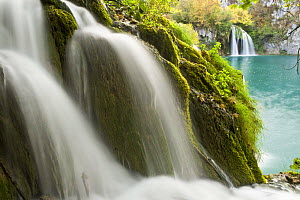 Waterfalls, Milanovac lake, Lower lakes, Plitvice Lakes NP, Croatia, October 2008 WWE BOOK.  -  Wild Wonders of Europe / Biancar