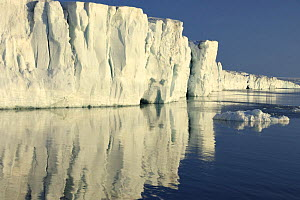 Ice cliffs, Svalbard, Norway, August 2007  -  Andy Rouse