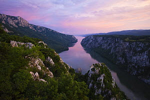 River Danube flowing through the Iron Gate Gorge, on the border between Romania and Serbia, Djerdap National Park, Serbia, June 2009 - Wild Wonders of Europe / Smit
