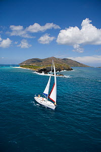 Sunsail yacht sailing in the British Virgin Islands, March 2006. Model released and property released.  -  Billy Black