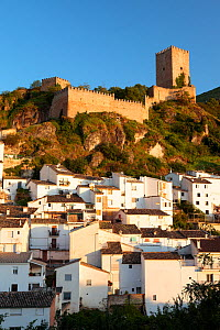 Cazorla town and castle, Jaen, Andalusia, Spain. May 2009.  -  Juan Manuel Borrero