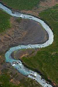 Aerial view of Skjalfandafljot River (glacial river) Northern Iceland, June 2009  -  Wild Wonders of Europe / Carwardine