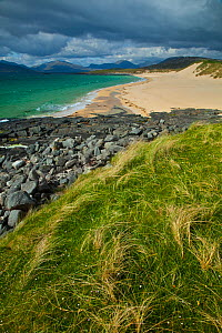 Scarista Beach, Sound of Taransay, South Harris, Outer Hebrides, Scotland, UK, June 2009  -  Wild Wonders of Europe / Muñoz