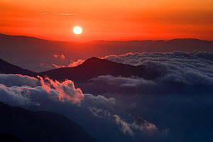 Sunrise in the Julian Alps, viewed from Mount Kriz, Triglav National Park, Slovenia, July 2009  -  Wild Wonders of Europe / Zupanc